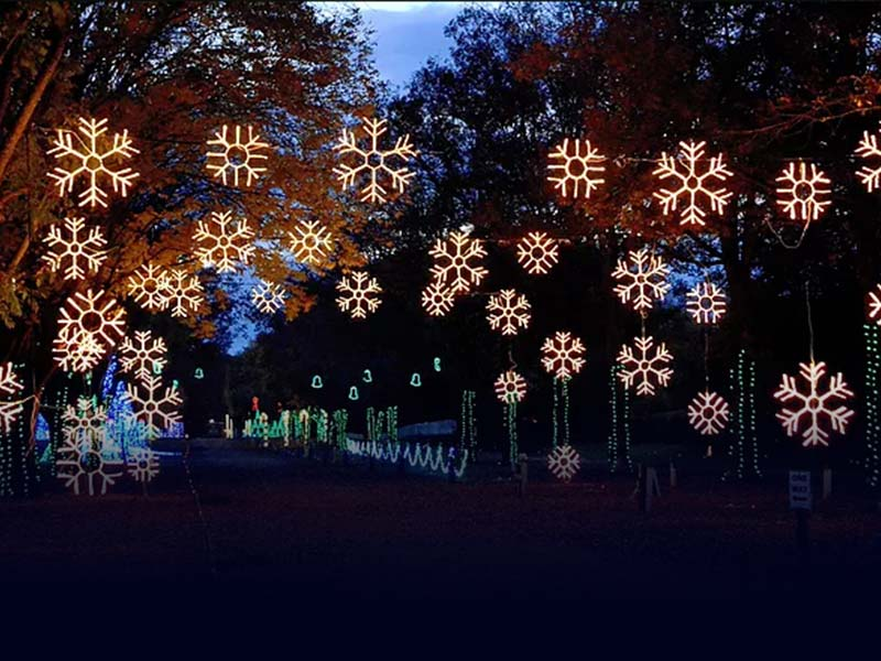 lebanon-christmas-lights-feature